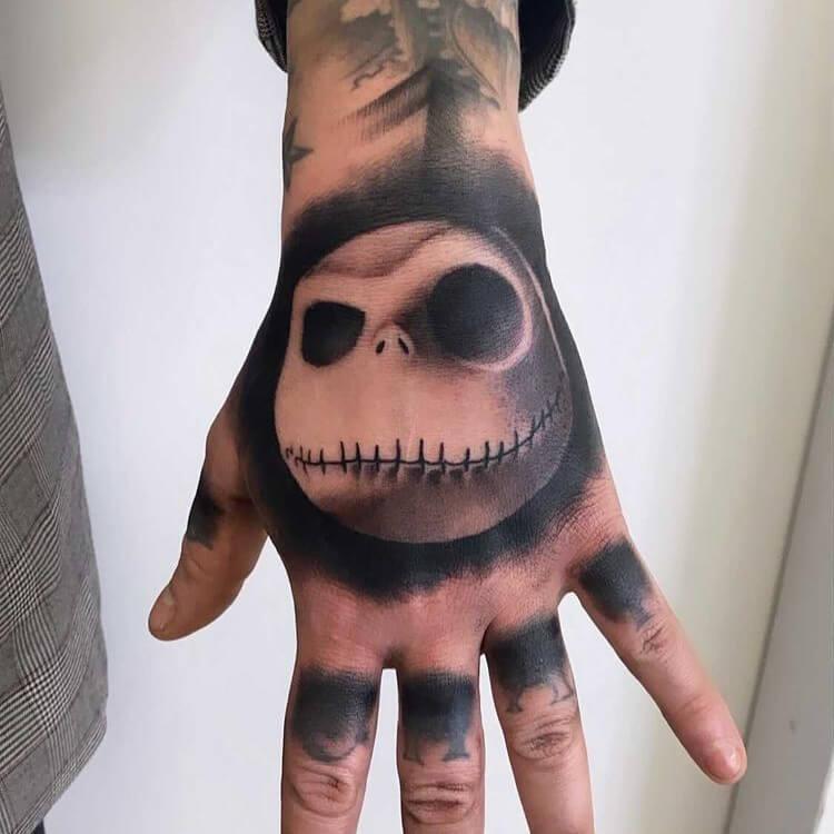 Jeff Caviola @jeff_cav_tattooer